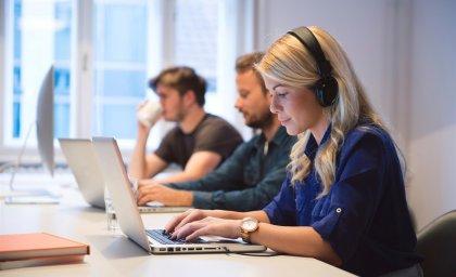 Trabalho à distância: uma tendência ou uma indústria global?
